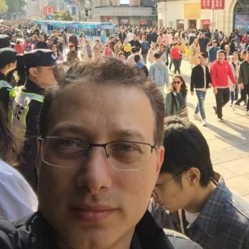 Mike, 39, Doha, Qatar