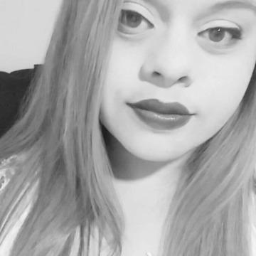 Alessandra Sett, 24, Muriae, Brazil