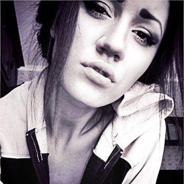 Victoria, 24, Mariupol', Ukraine