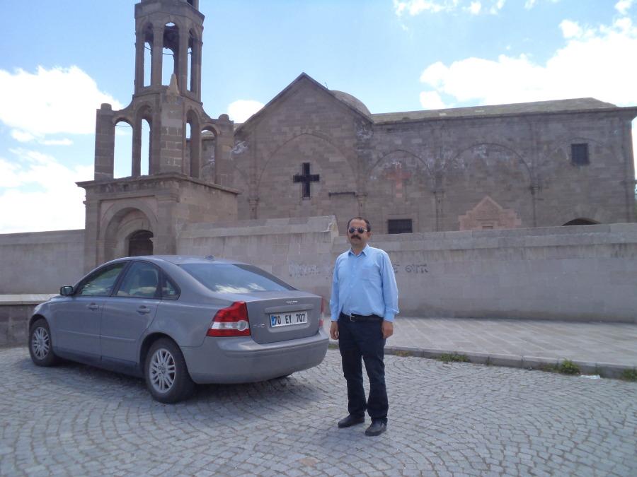 Mahmut Önal, 75, Ankara, Turkey