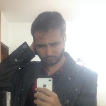 Renan Felix, 27, Sao Paulo, Brazil
