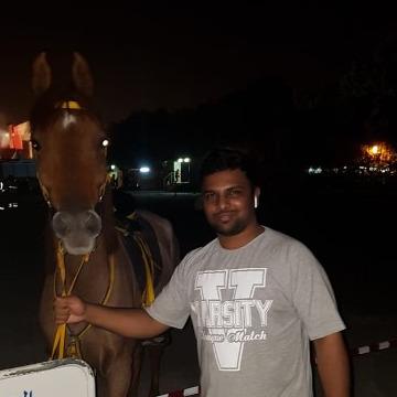 Soldier, 26, Dubai, United Arab Emirates