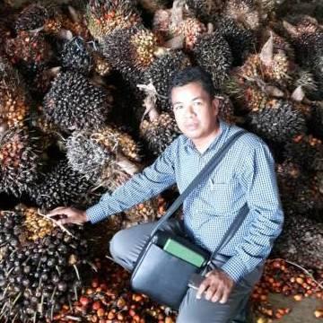 Nawaphod Panto, 48, Photharam, Thailand