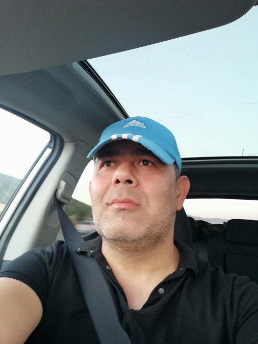Özkan, 40, Denizli, Turkey