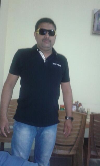 oliver, 33, Bombay Santa Cruz, India