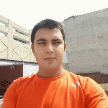Lucky, 33, New Delhi, India