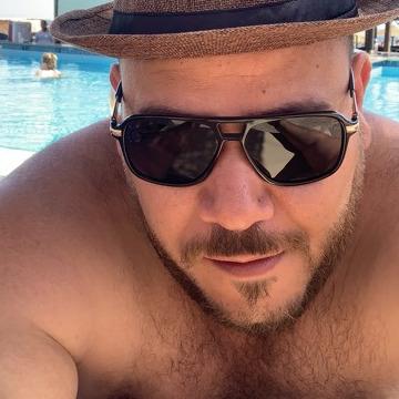 ahmed, 37, Kuwait City, Kuwait