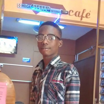 Uzaifah Kivumbi, 25, Kampala, Uganda