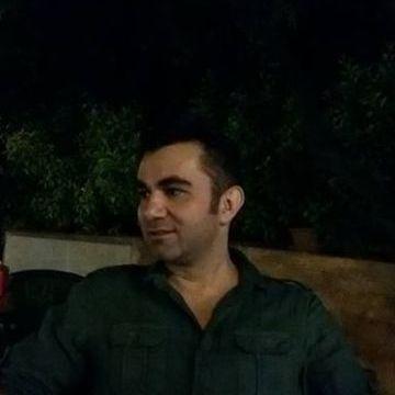 Niyazi Şimşek, 39, Istanbul, Turkey