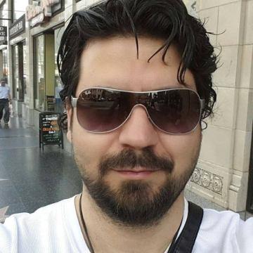 Eric Clash, 39, Istanbul, Turkey