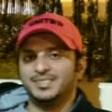 Hussein, 30, Jeddah, Saudi Arabia