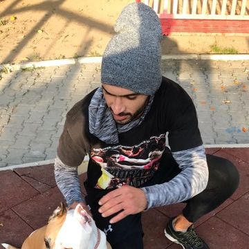 Hamza Nahma, 26, Izmir, Turkey
