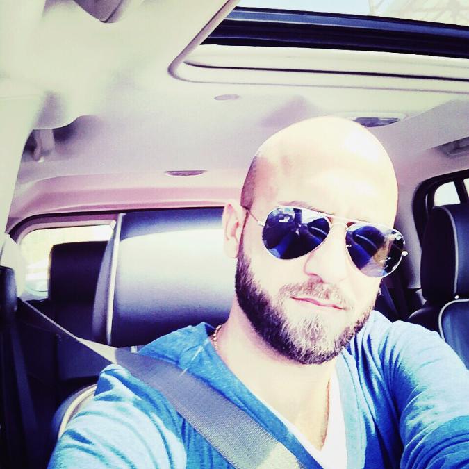 Ahmad , 36, Dubai, United Arab Emirates