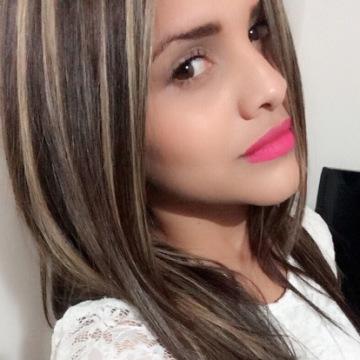 Elen Lastra, 28, Bogota, Colombia