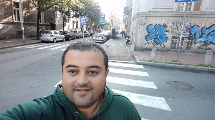 Hasan Gülşen, 38, Giresun, Turkey