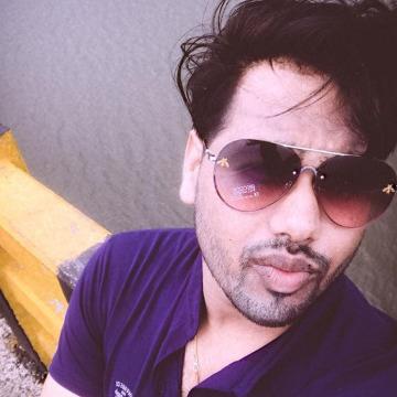 Akash Gupta, 32, Gurgaon, India