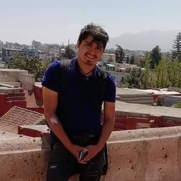 Henry Sagarvinaga, 31, Miraflores, Peru