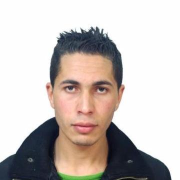 mahdjoub, 30, Algiers, Algeria