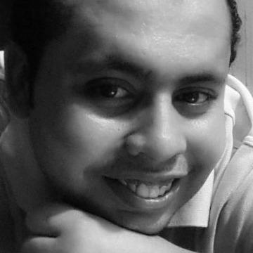 Mahmoud, 31, Montreal, Canada