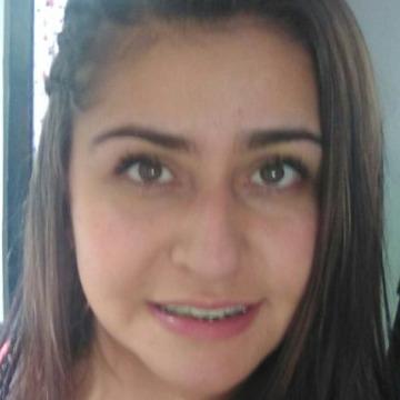Cami, 26,