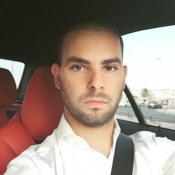 Hamza, 30, Dubai, United Arab Emirates