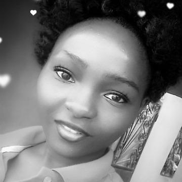 Grâce Céleste, 21, Douala, Cameroon