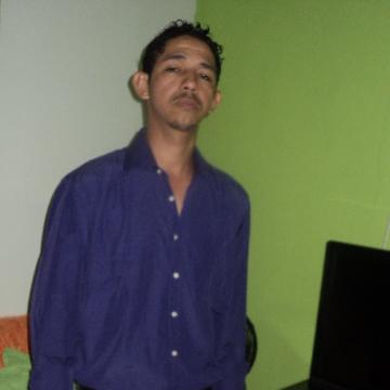 Adriano Santos, 38, Uberlandia, Brazil