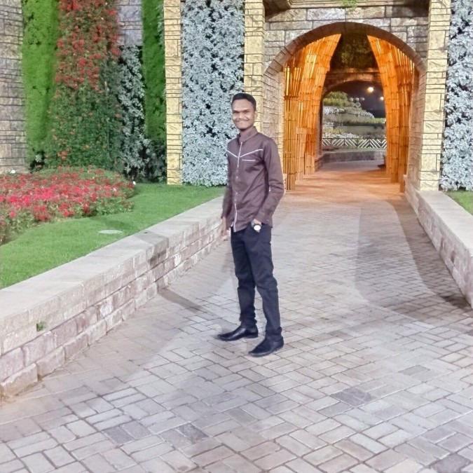 Shaibi, 27, Dubai, United Arab Emirates