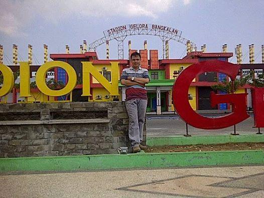 Martin, 40, Medan, Indonesia