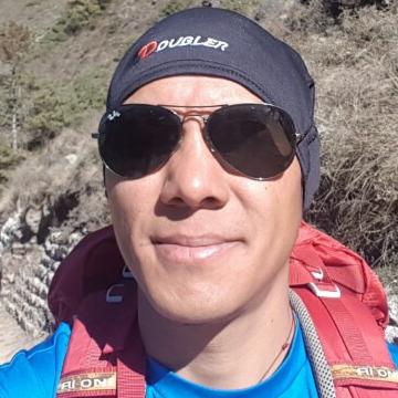 Ang karma sherpa, 34, Kathmandu, Nepal