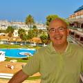 Andrés España, 60, Valencia, Spain