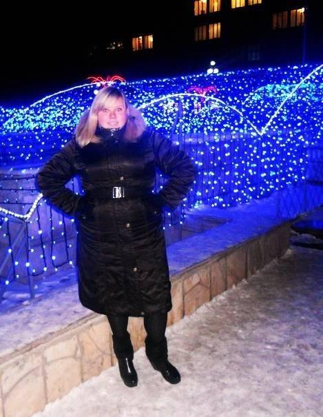 Yulya Svyatetskaya, 27, Kakhovka, Ukraine