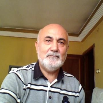 Tekin, 66, Istanbul, Turkey
