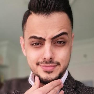 Hmoode Amiri, 23, Istanbul, Turkey