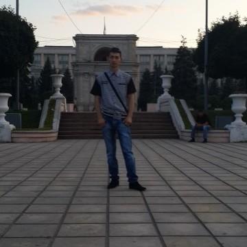 OLEG, 32, Kishinev, Moldova
