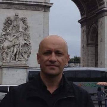 Ayman Msawat, 43, Zakho, Iraq