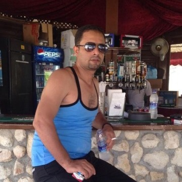 Mohamed Sahssah, 43, Muscat, Oman