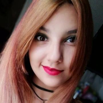 Lina Estevez, 23, Miraflores, Peru