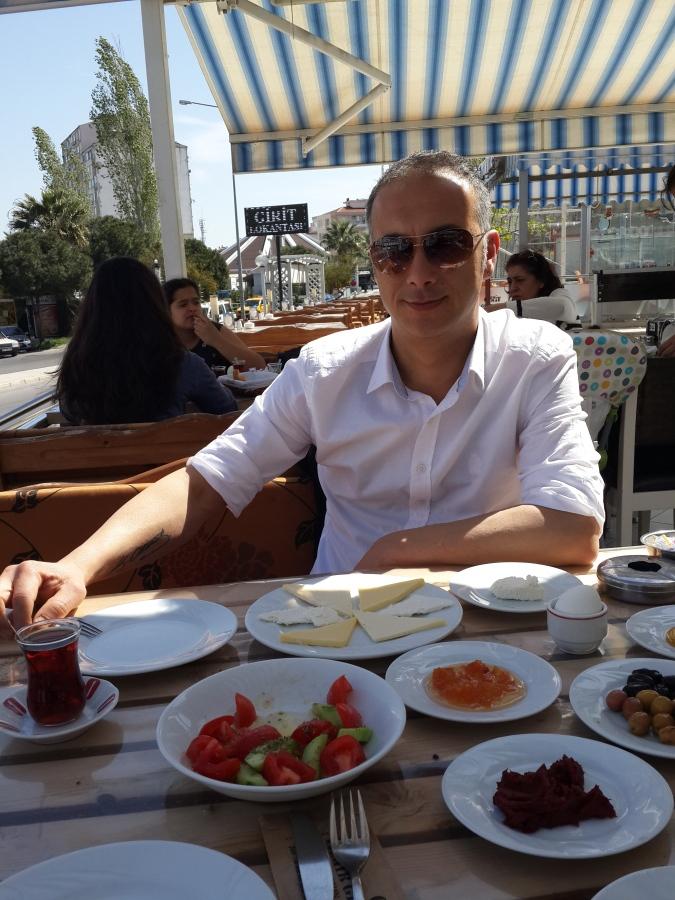 ferudun, 40, Izmir, Turkey