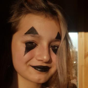 Polina, 18,