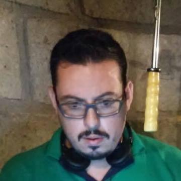 Kacho Lozano, 37, Queretaro, Mexico