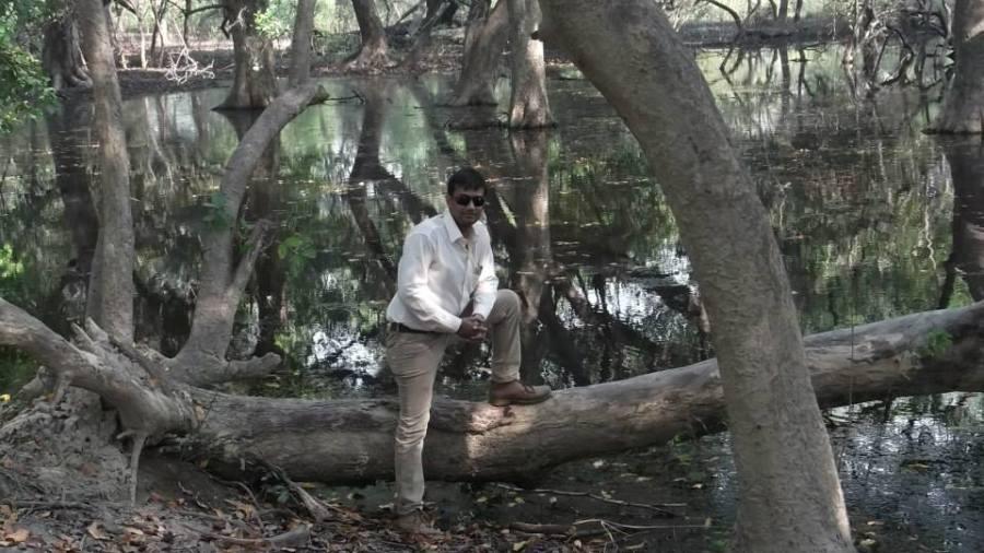 Ajay Singh, 35, Ni Dilli, India