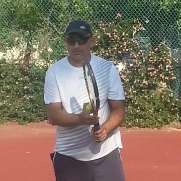 Ilan, 53, Ramat Gan, Israel