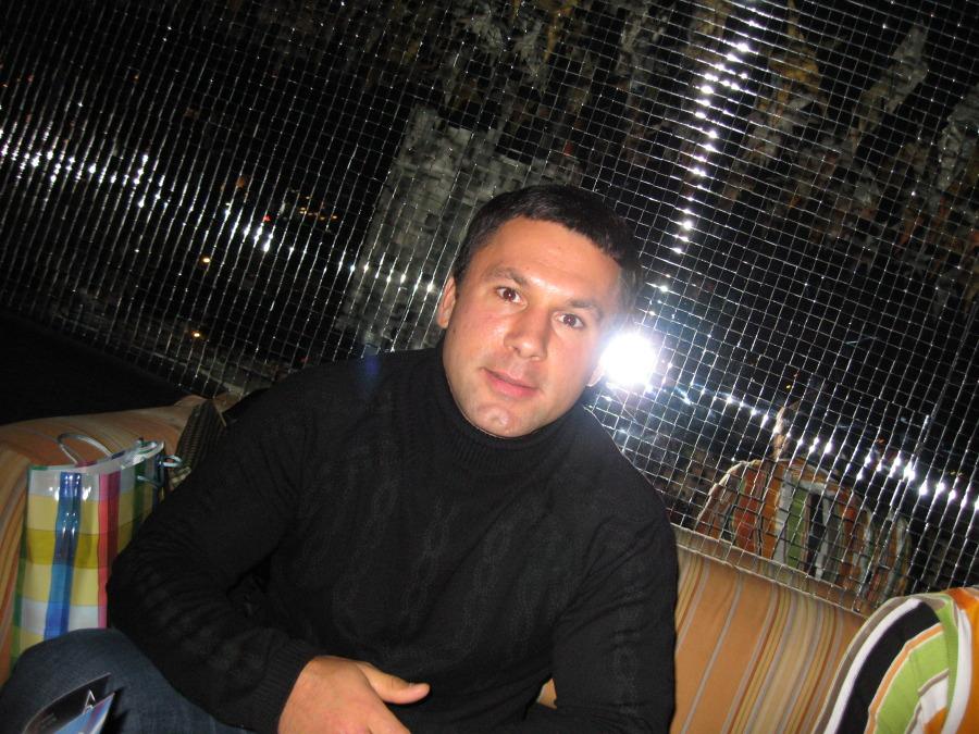 ALEXEY, 33, Saint Petersburg, Russian Federation