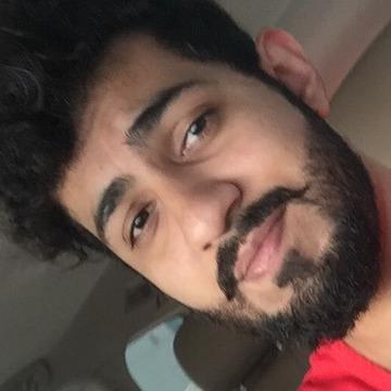 Usman, 26, Sharjah, United Arab Emirates
