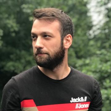 Aktan, 25, Istanbul, Turkey