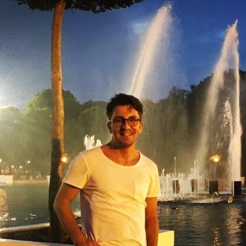 Varlık Doğançay, 33, Antalya, Turkey