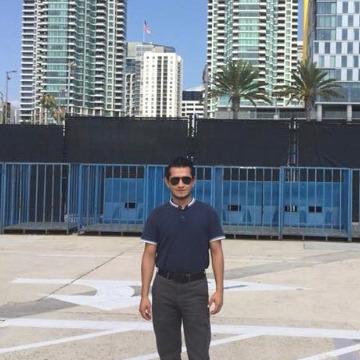 Oscar Medina, 31, Mexico City, Mexico