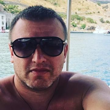 Evgenii, 43, Saint Petersburg, Russian Federation