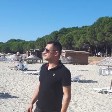 Serdar, 35, Istanbul, Turkey